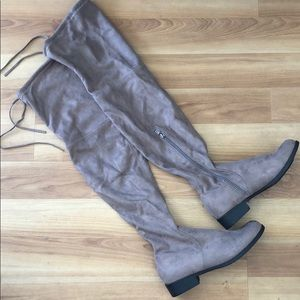 NWOT Catherine Malandrino suede boots, 8.5
